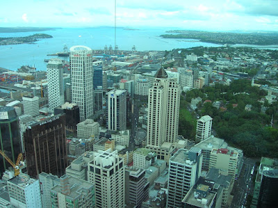 sky tower, auckland, nueva zelanda, vuelta al mundo, round the world, información viajes, consejos, fotos, guía, diario, excursiones