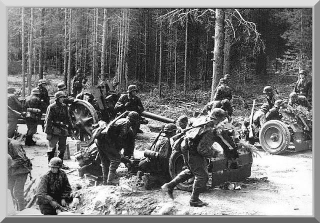 http://2.bp.blogspot.com/_-7-vboSIDG8/TBeE6WW7enI/AAAAAAAAGW0/8kl8DjKCGk4/s640/german-soldiers-wehrmacht-second-world-war-pictures-007.jpg