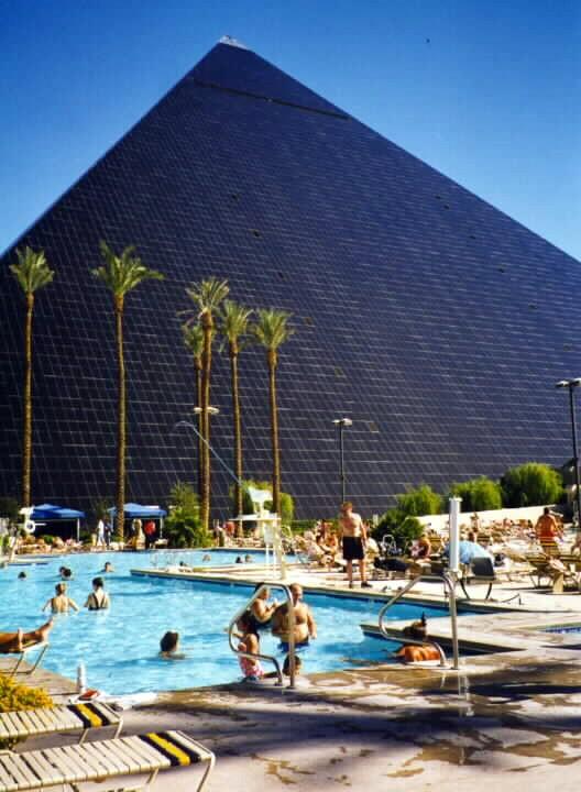 Durango roadtripping the swimming pools of las vegas - Luxor hotel las vegas swimming pool ...