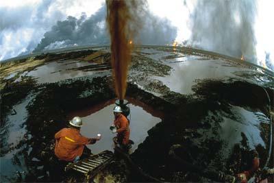 ¿De dónde proviene el petróleo?