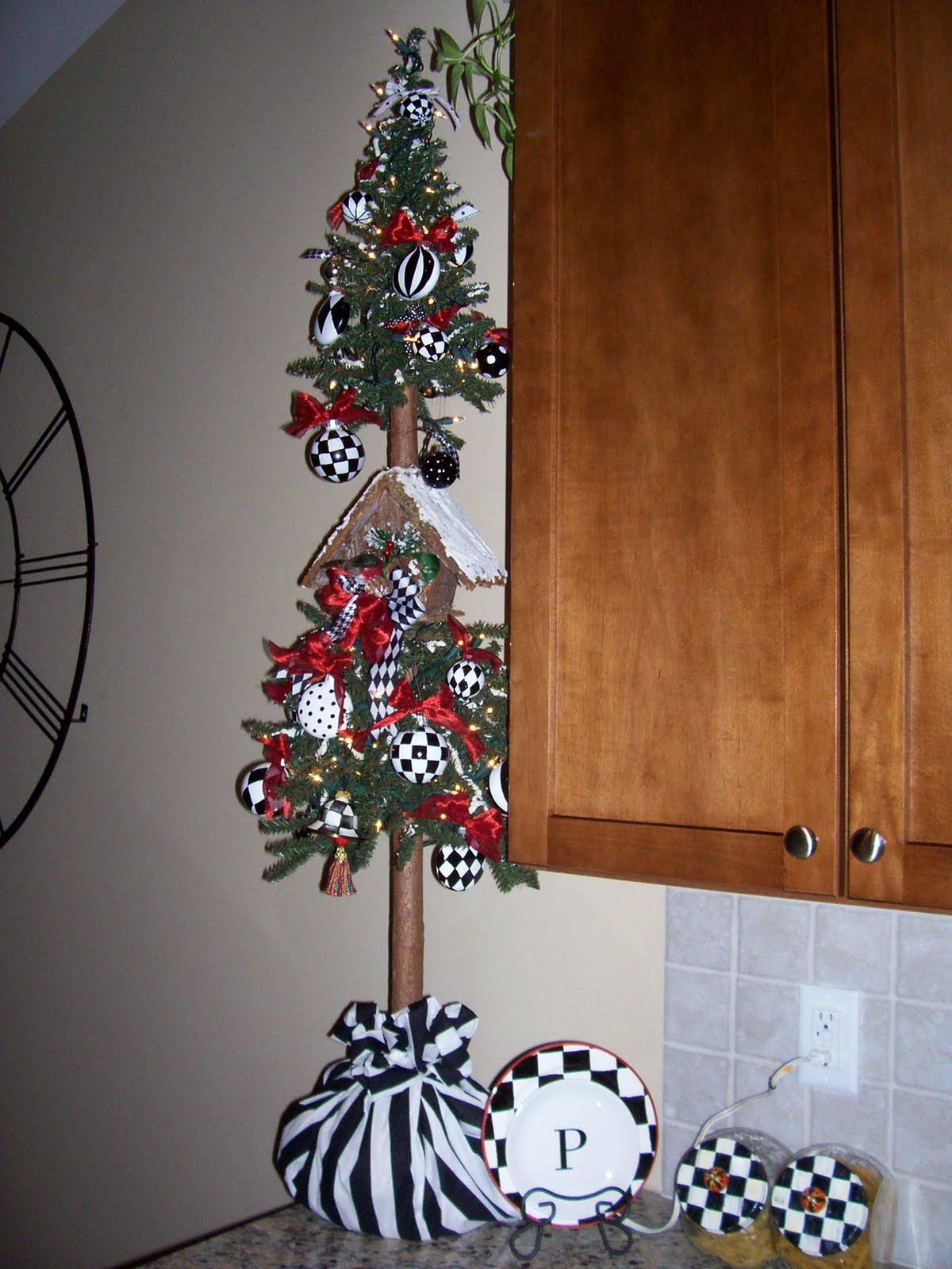 Mackenzie Childs Christmas.Pandora S Box Mackenzie Childs Knockoff Christmas Tree