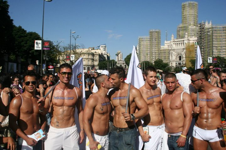 It's A Beautiful Day In The Gayborhood