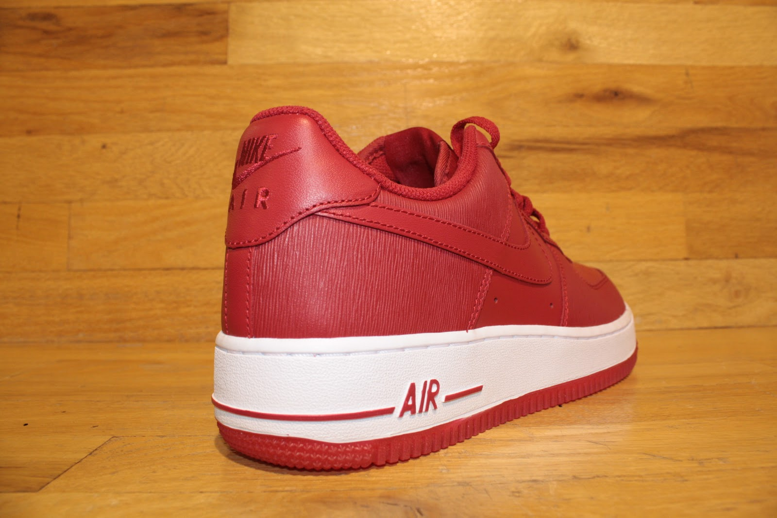 New Nike Air Force One Valentines Day Available Now