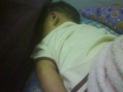 Anak tidur terus
