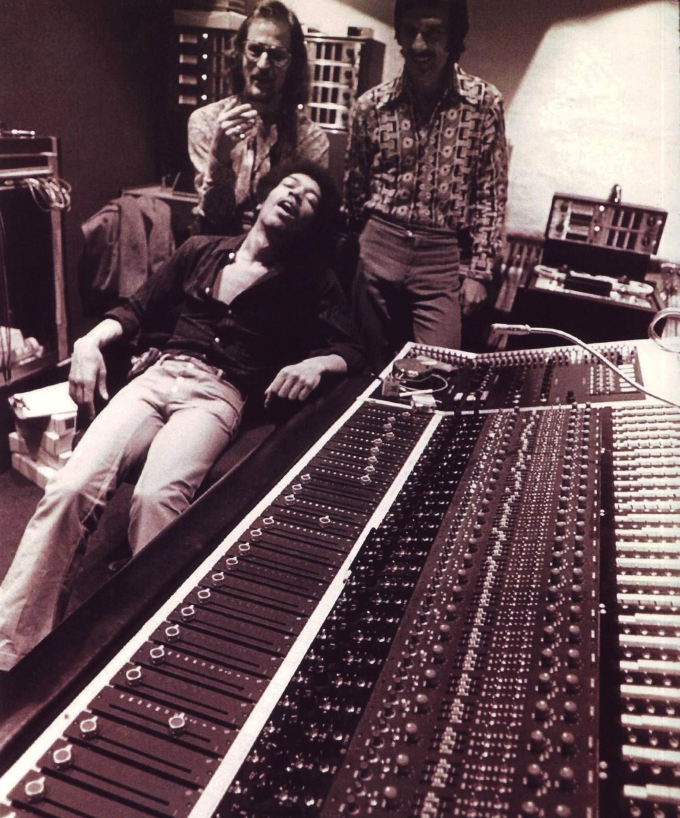 197 Skskit Jimi Hendrix In The Studio 1970