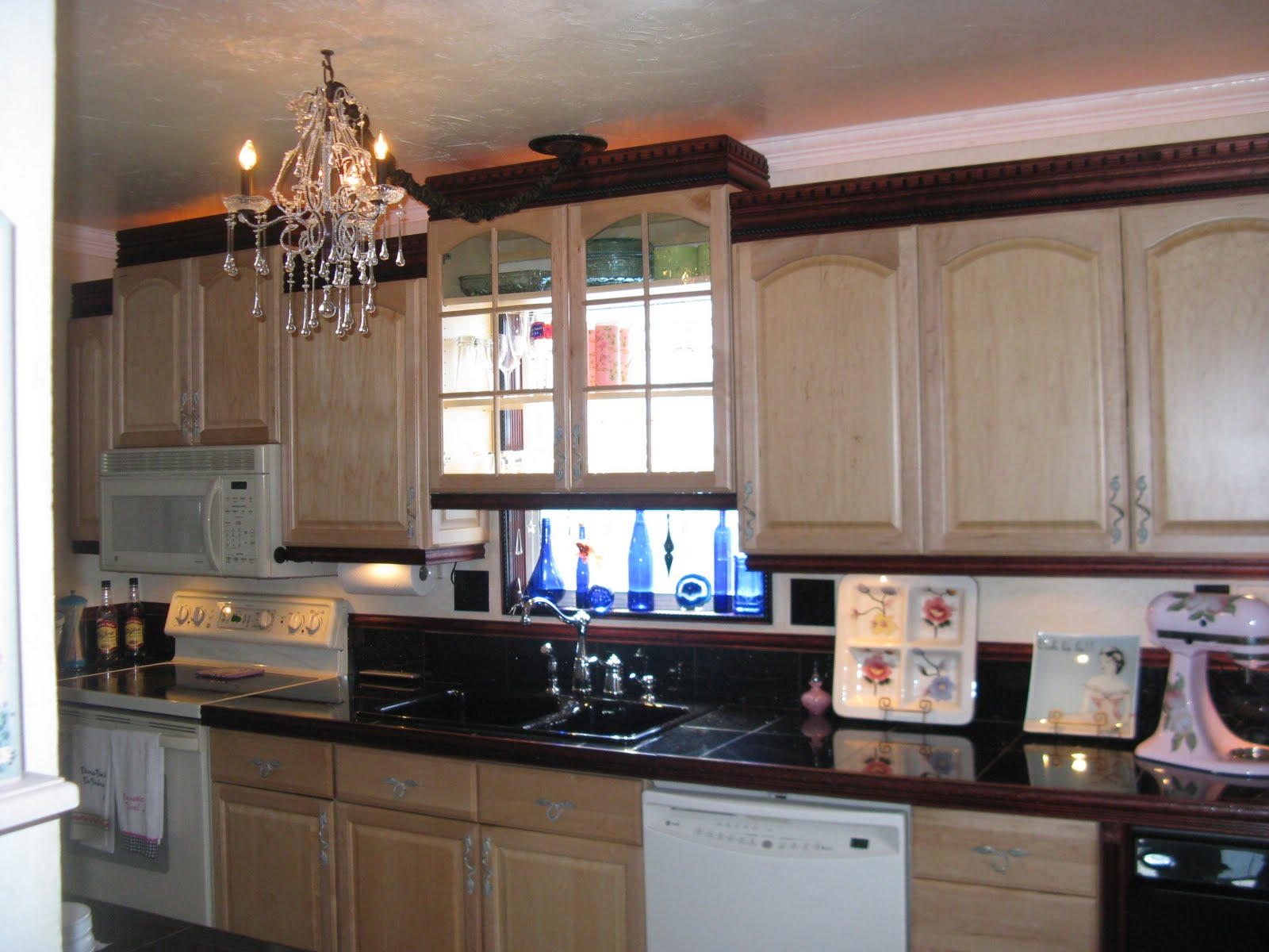 Painted Kitchen Cabinets Redo