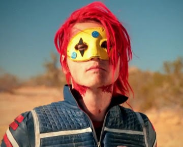 We ♥ Redheads: Gerard Way and his new red hair.