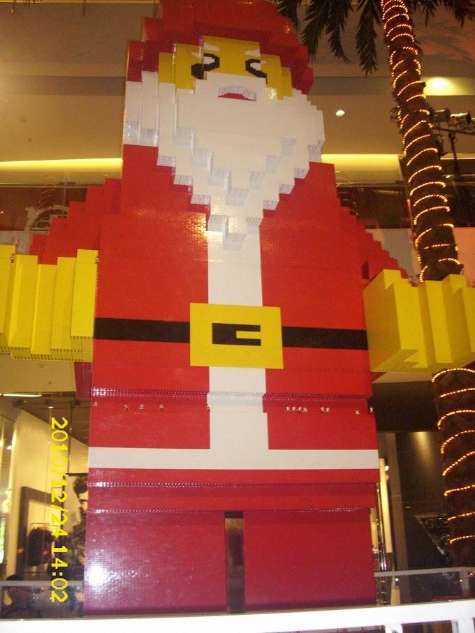 The Biggest LEGO Santa in Asia (MURI record)