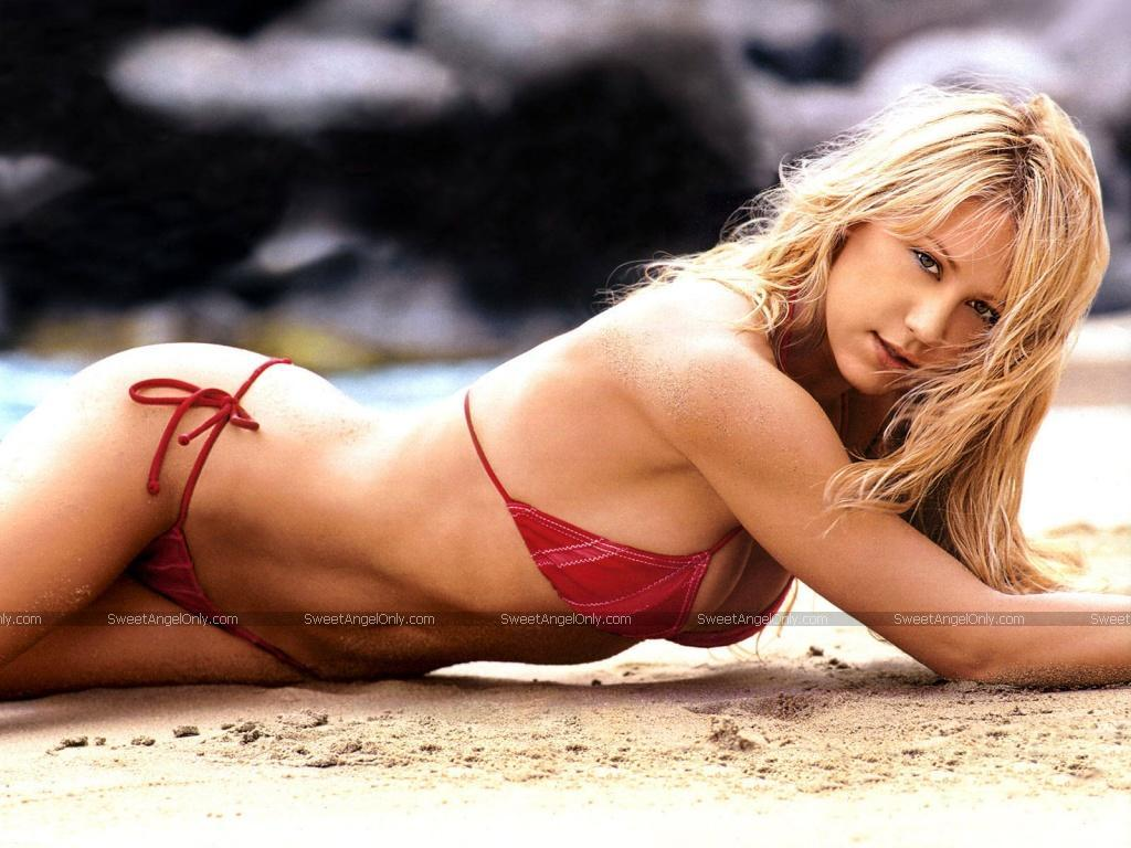 Hot Wallpapers-Anna Kournikova-3 ~ Fun Hungama