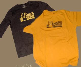 Ruskean paidan painatus on tehty peittovalkoisella 7af7a738f5