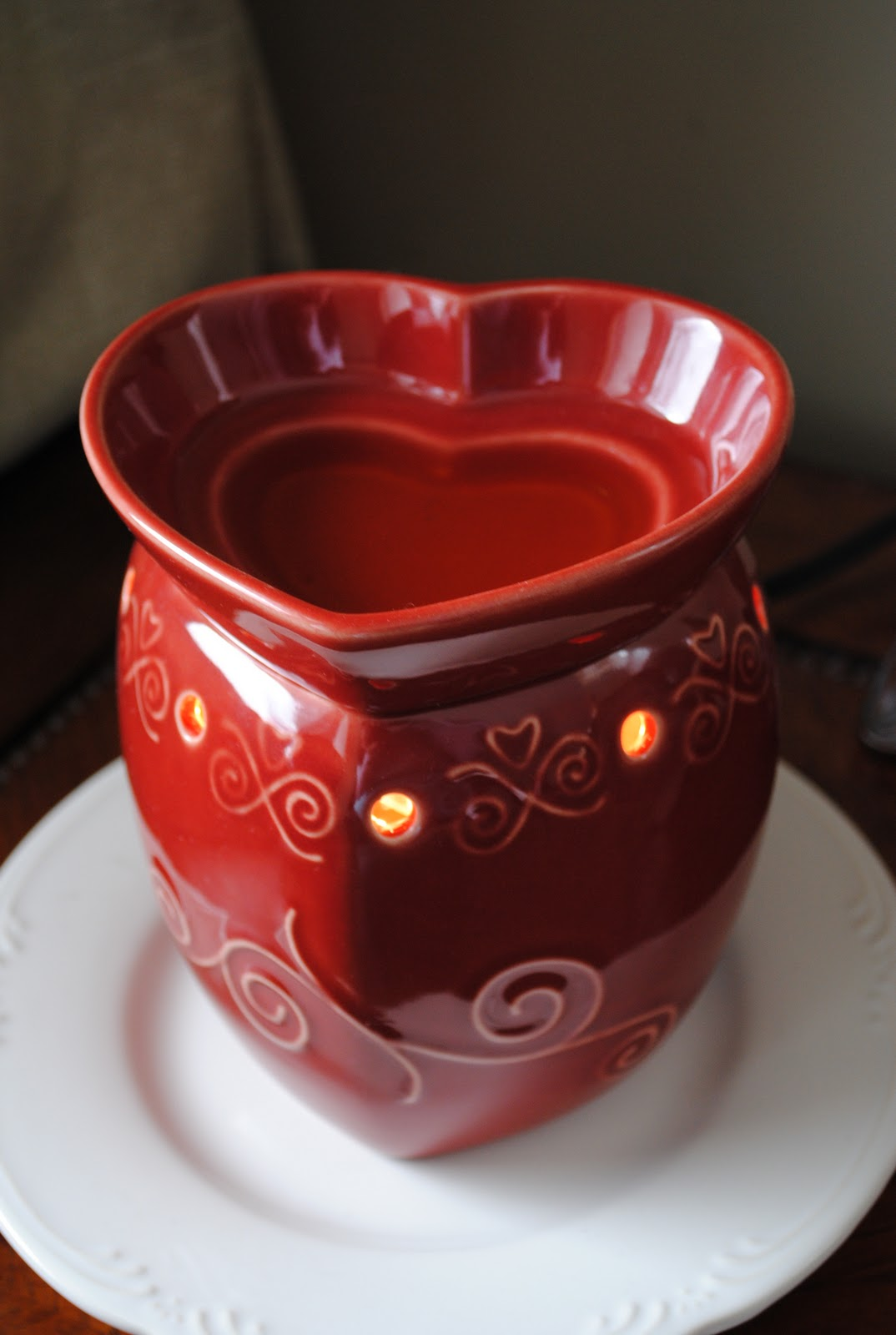 Serenity Now My Valentine S Decor And Scentsy Warmer Giveaway