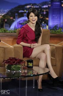 Selena Gomez Legs Show