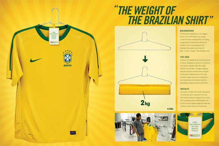 bb06cbc05d40b Associando o peso ao fardo do Brasil carregar 5 títulos mundiais em Copas  do Mundo na camisa