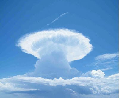 metakommunikationsdefizit: Cumulonimbus Wolke