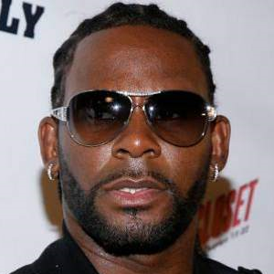 r kelly when a woman loves