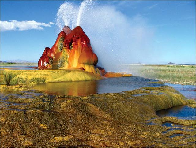 Nevada's Fly Geyser, Wikimedia image