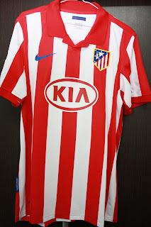 7c851aee19b Atletico Madrid Home 2009 2010 - FORLAN  7