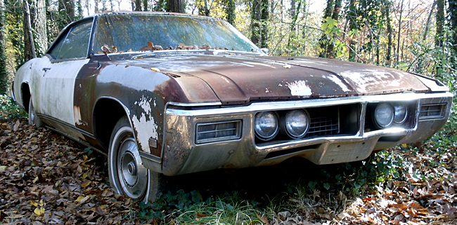 junkyard life classic cars muscle cars barn finds hot rods and part news how to buy cheap. Black Bedroom Furniture Sets. Home Design Ideas