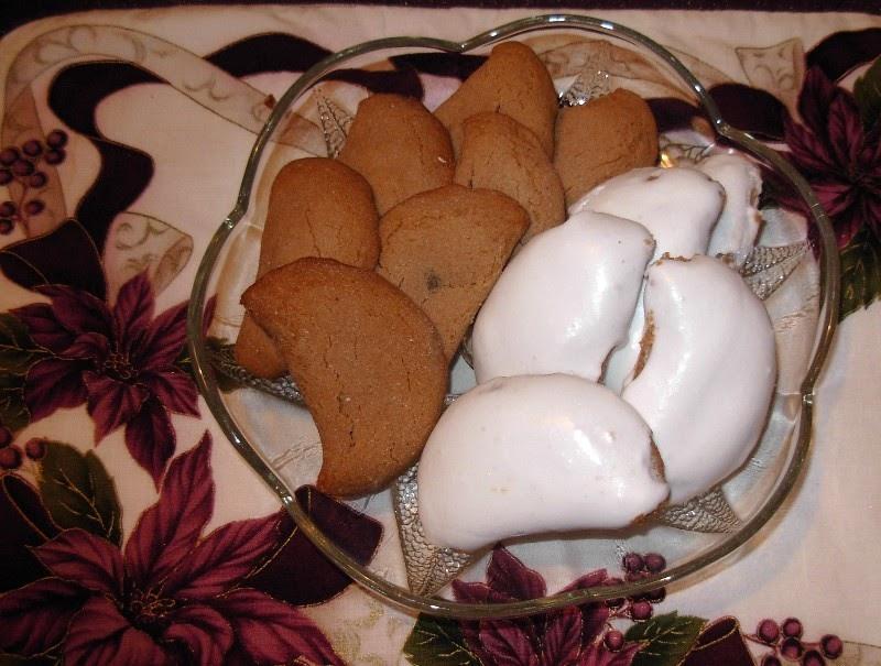 Mennonite Girls Can Cook Christmas Brown Jam Cookies Regular And