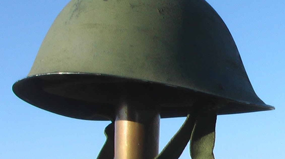 Mannie Gentile Combat Helmets Of The 20th Century