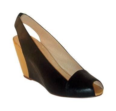 Faryl Robin Shoe Size