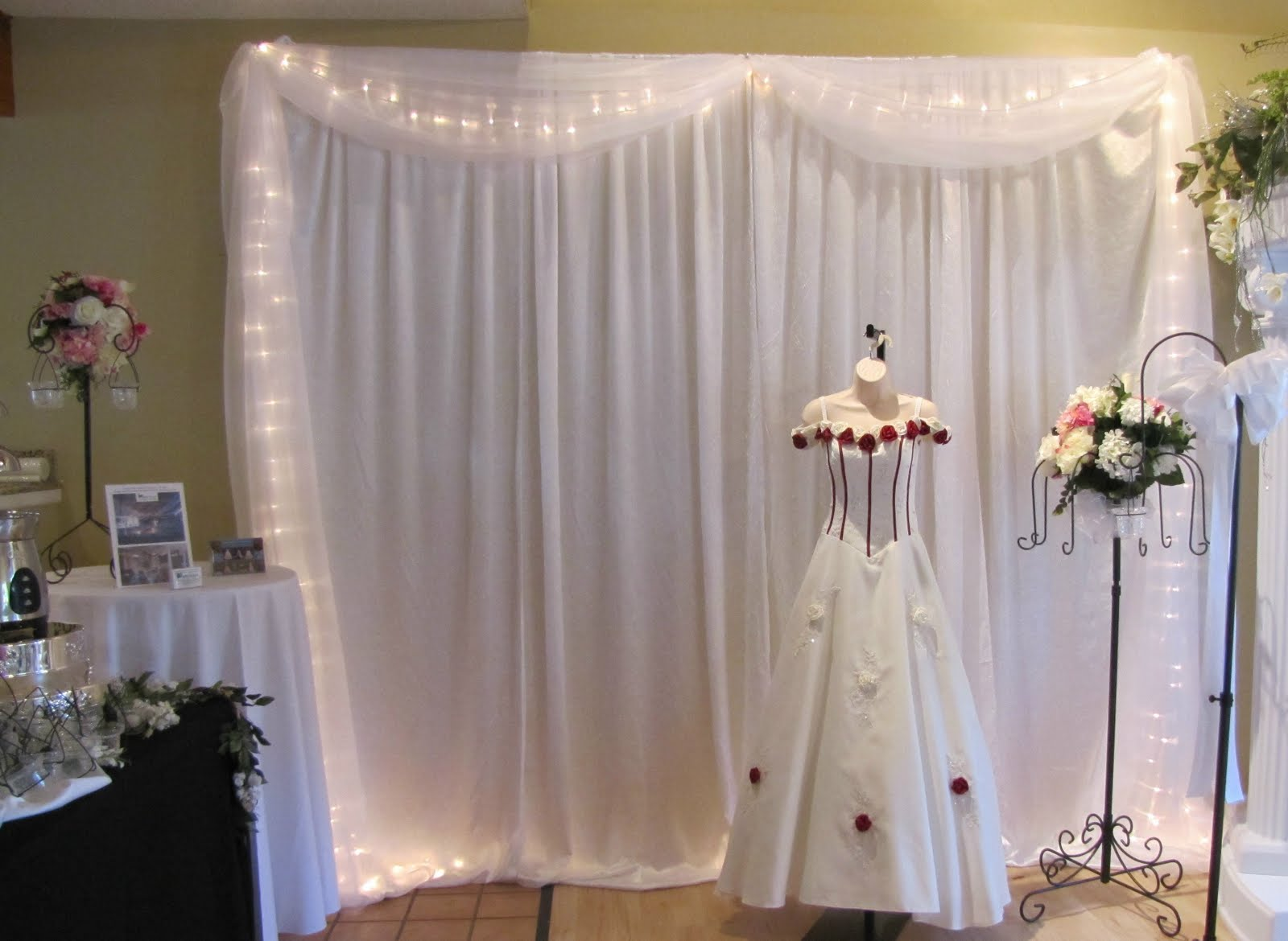Party People Event Decorating Company White Crushed Satin