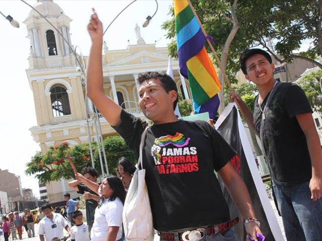 Ley de matrimonio homosexual en peru