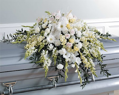 Casket spray of 100 mixed roses in red and two varieties ...  |Casket Flowers