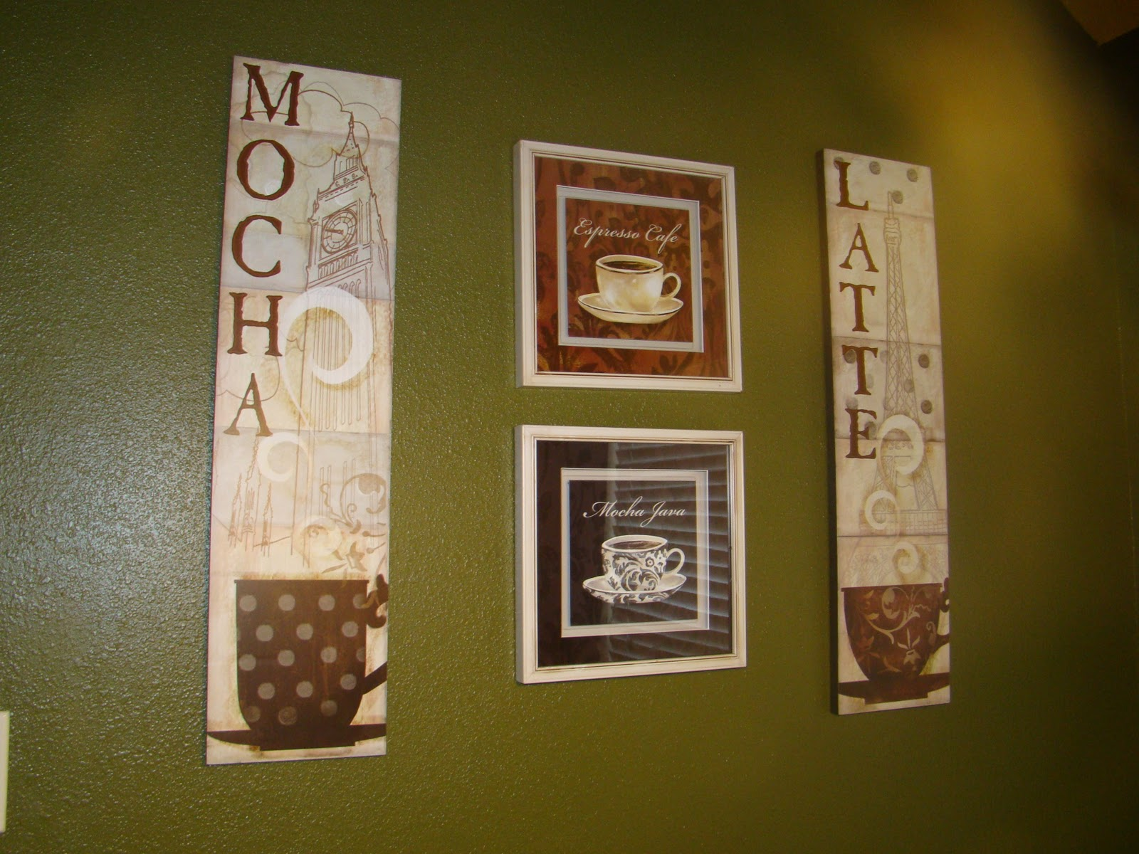 Find and save ideas about Coffee themed kitchen on Pinterest. | See more ideas about Coffee theme kitchen, Coffee kitchen decor and Cafe themed kitchen.