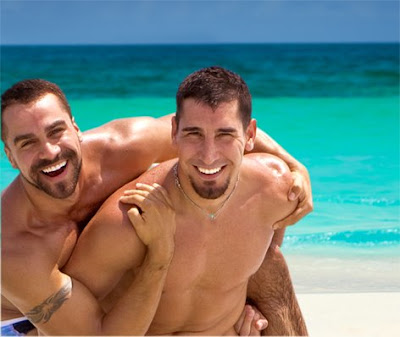 Hot Latin Gays 36
