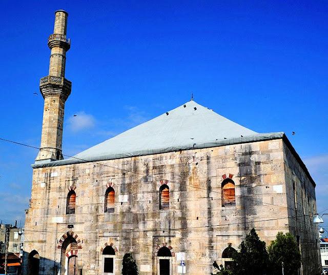 Αποτέλεσμα εικόνας για έκαψε το Τέμενος Βαγιαζήτ