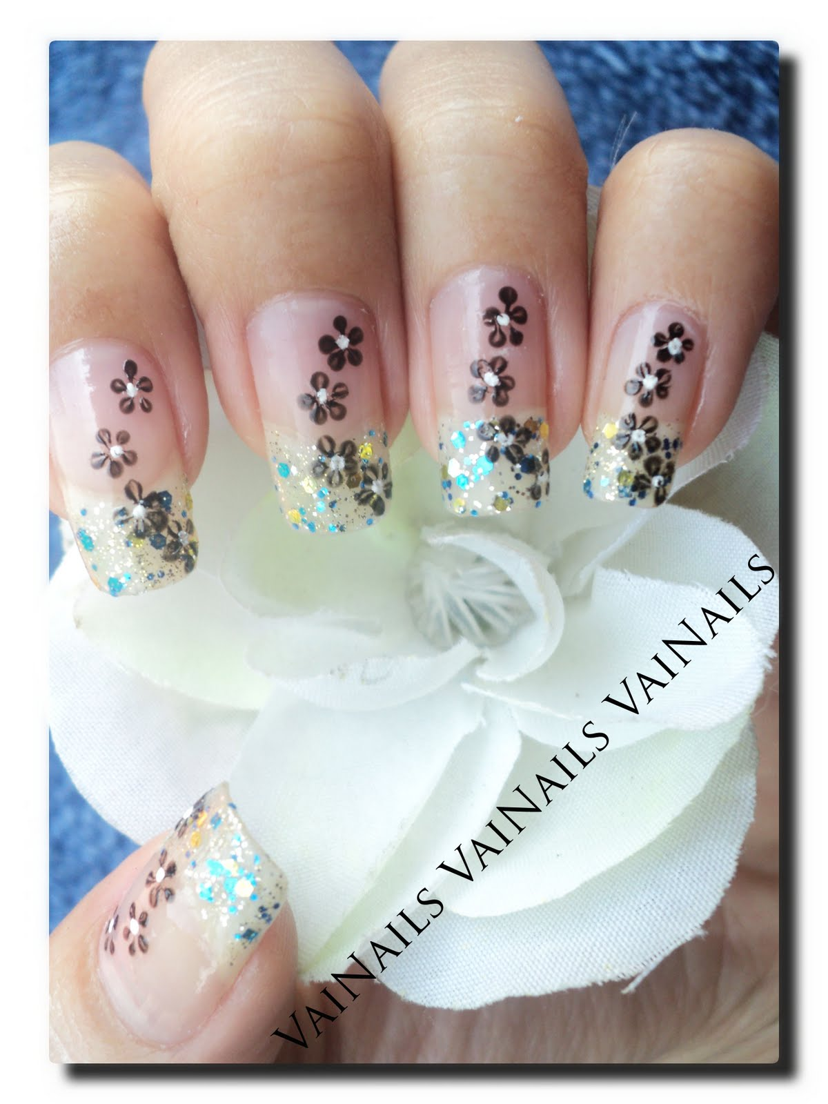 Fancy Nail Designs Tumblr: Epitome Of Color And Style: Fancy Blue Glittered Nail Art