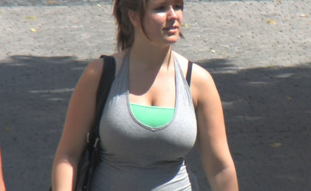 candid big boobs