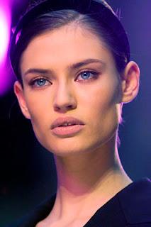 what do prominent cheekbones look like>? | Yahoo Answers