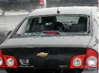 coche destrozado granizada