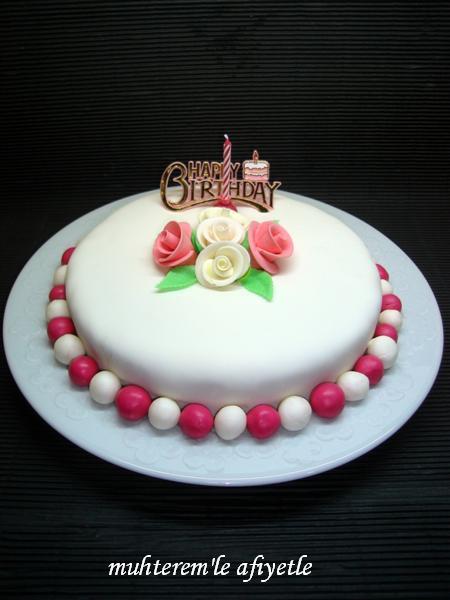 18. yaş doğum günü pastası