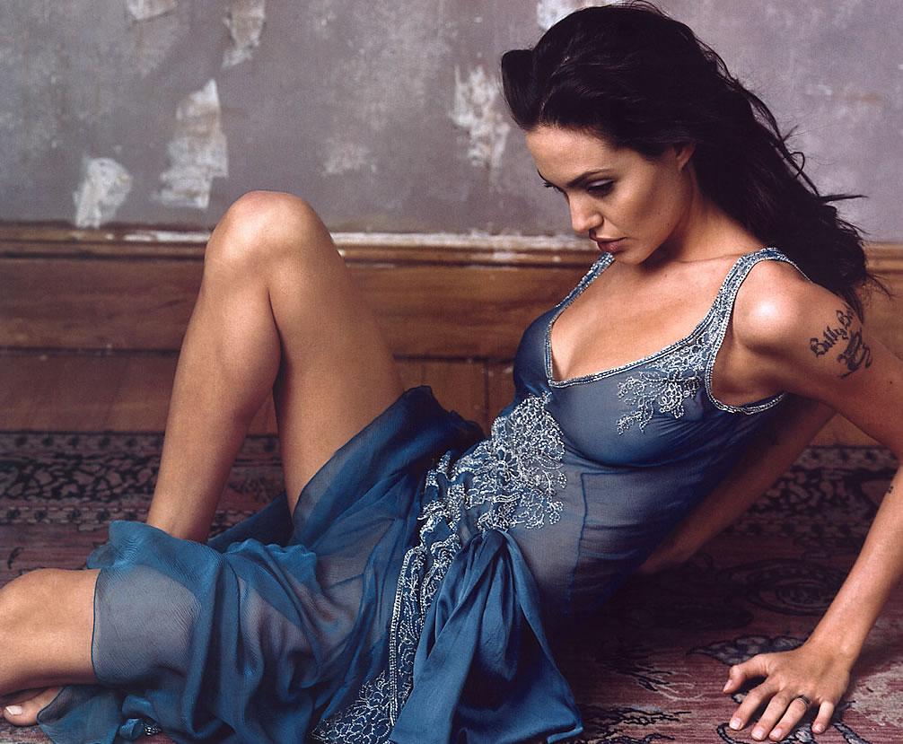 Crazy Hot Room Angelina Jolie Hot Hot Stills-7340