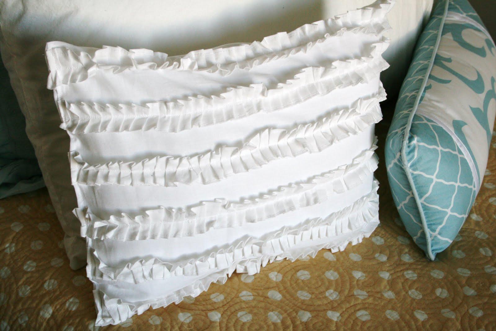 White Ruffle Pillow Tutorial