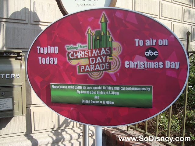 Disney Parks Christmas Day Parade Taping 2010- Disneyland