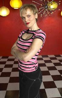 Elizabeth olsen in martha marcy may marlene 2011 3 - 3 2