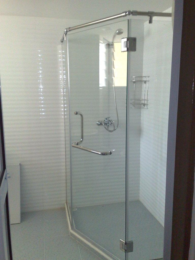 kitchen toilet renovation so simple designer house. Black Bedroom Furniture Sets. Home Design Ideas