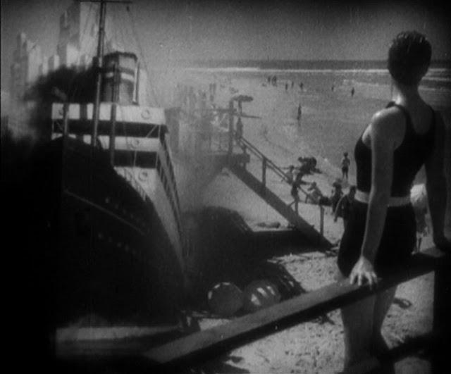 1ª Imagen de 'Amanecer (1927)'