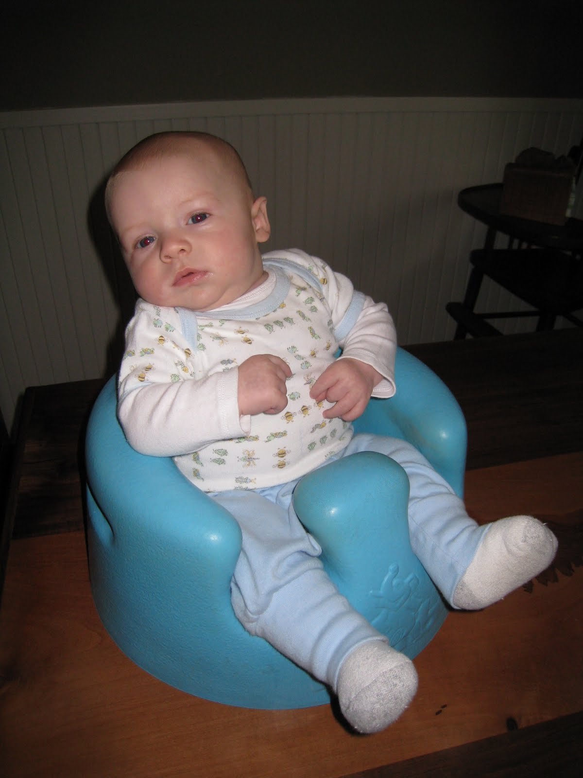 Daniel & Heather & The Kids: The Bumbo Chair..