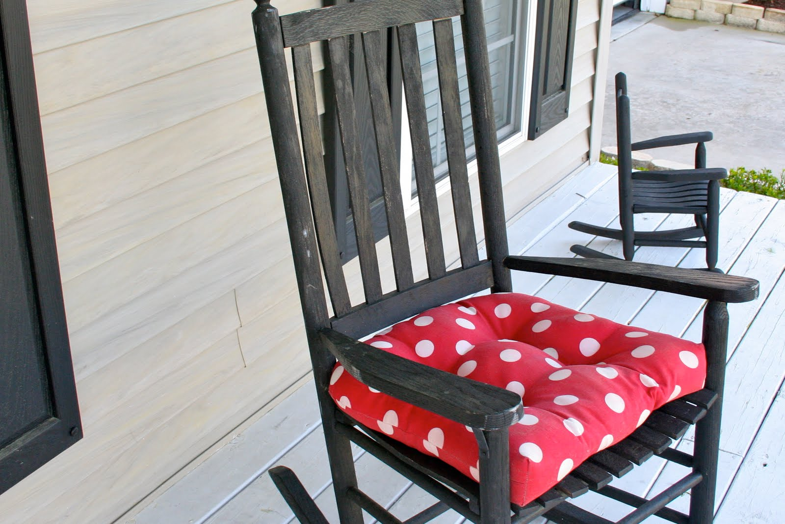 polka dot rocking chair cushions bathroom vanity stools or chairs from my home to yours front door decor