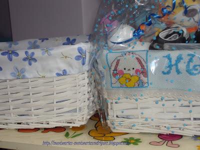 Panales Bordados Para Bebes.Cesta Para Bebe Con Nombre Bordado A Punto De Cruz