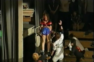 The Bloody - Sumie Sakai - wrestling women - piledriver