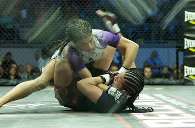 Jessica Aguilar - Lynn Alvarez - woman mortal mma - Tom Hill Photos