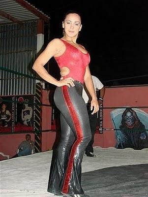 Diana La Cazadora - lucha libre mexicana - lucha libre - mexican women