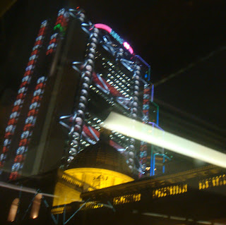 Architectural Heavens in Hong Kong:Colorful HSBC @ Hong Kong