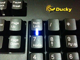 機械式鍵盤 Ducky DK-9000 (Cherry MX 茶軸)